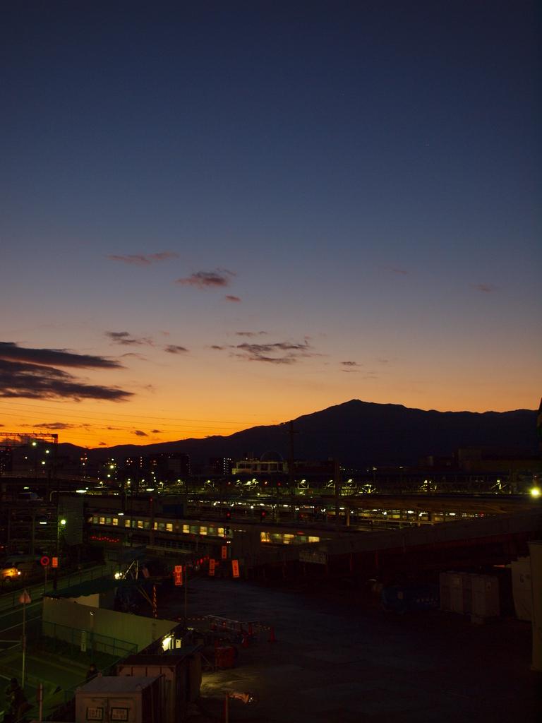 海老名駅から望む大山