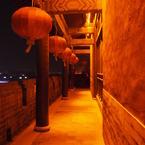 OLYMPUS E-30で撮影した建物(回廊に吹く風)の写真(画像)