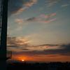 下町に沈む夕陽..