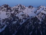 朝の穂高連峰