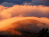 雲が流れる