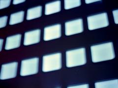 MC ROKKOR F1.8 55mm x Fujifilm V100 - 00