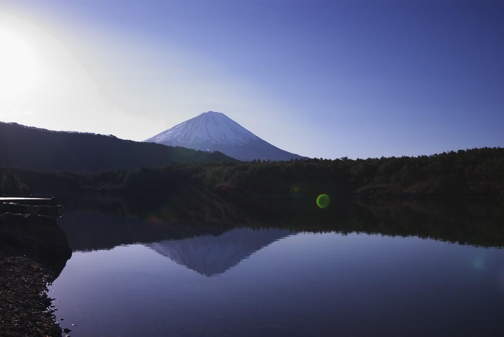 西湖逆さ富士:根場浜