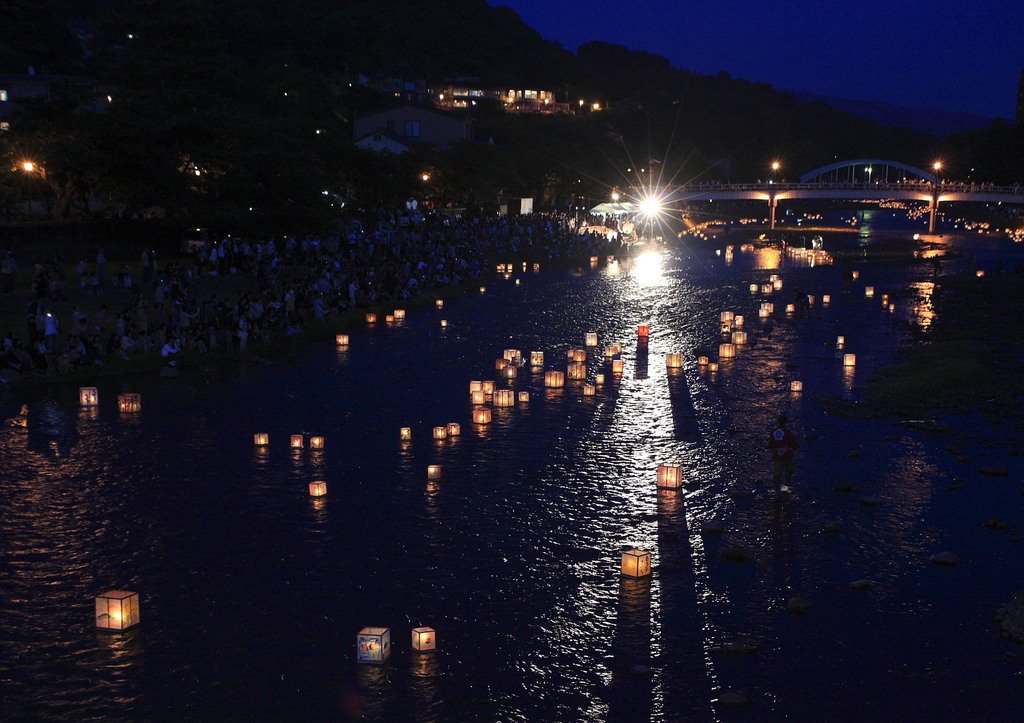 加賀友禅灯籠の夕べ