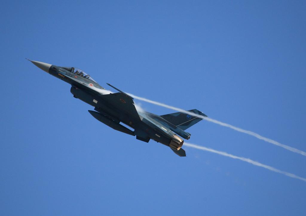 急上昇 F-2