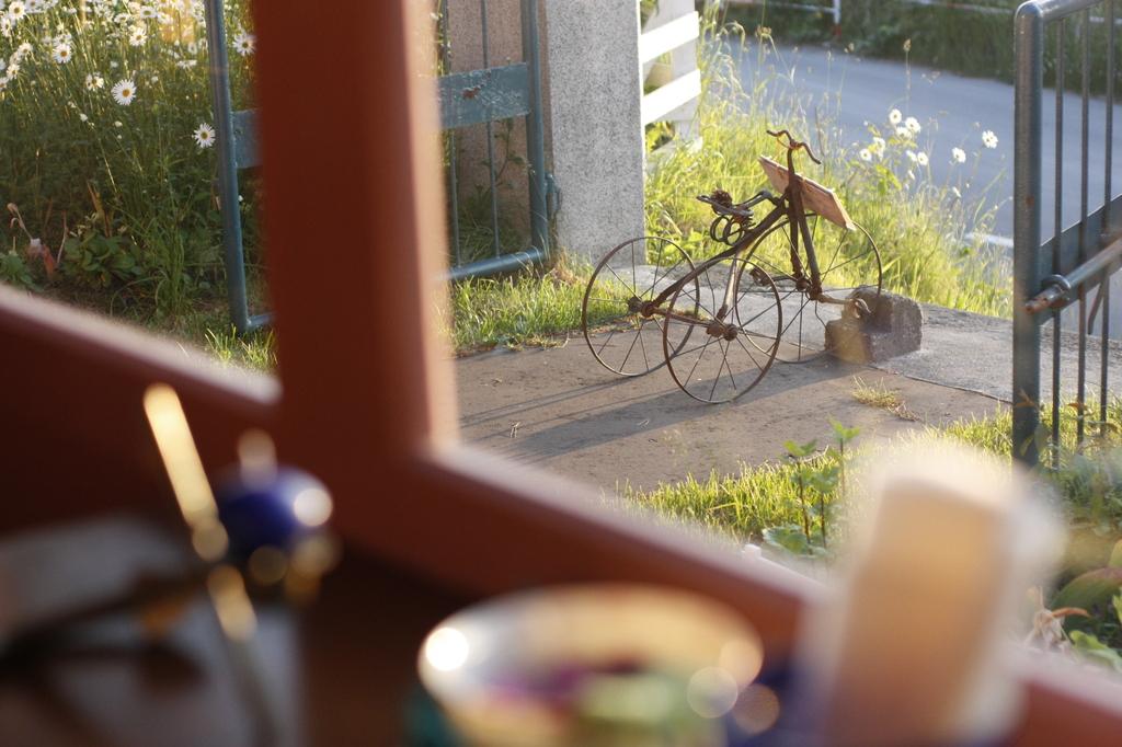 夕方の窓から