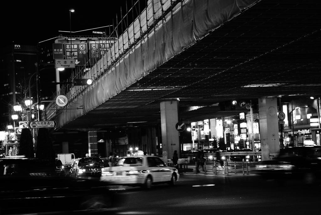 都会の喧騒