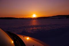 夕陽に染まる