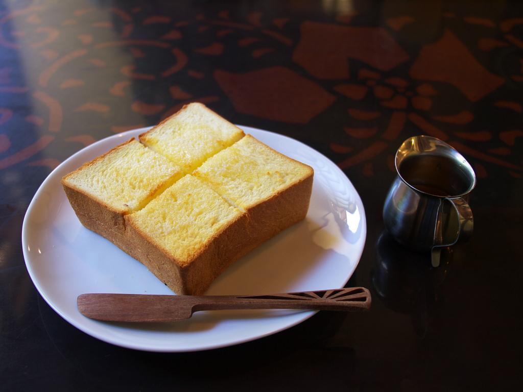厚切りトースト