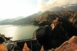 秋の黒部ダム