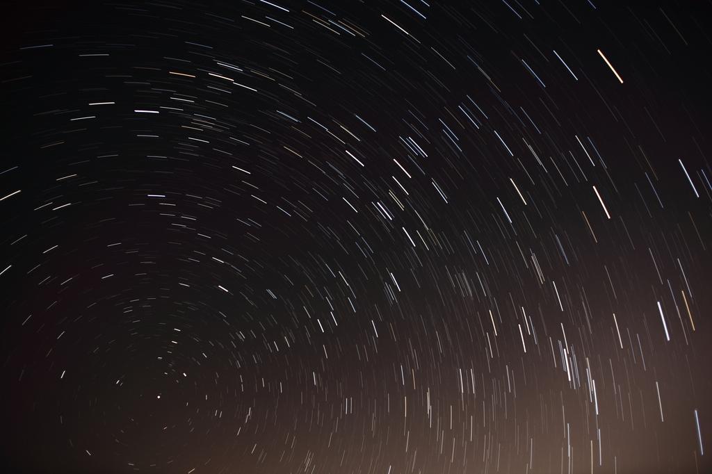 街中で星を見るのは難しい…