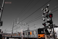 東武鉄道50050系と踏切