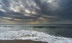 波打ち際のありふれた風景