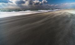 砂が舞う日