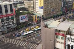 台北の朝の通勤ラッシュ