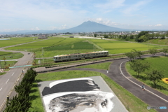 弘南鉄道 デハ7000系(岩木山と石のアートも)