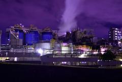 雲と蒸気と煙と工場夜景3