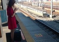 電車待ちの風景