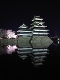 霞む松本城
