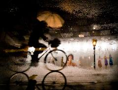 雨の千日前通