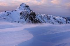 風雪の夜明け