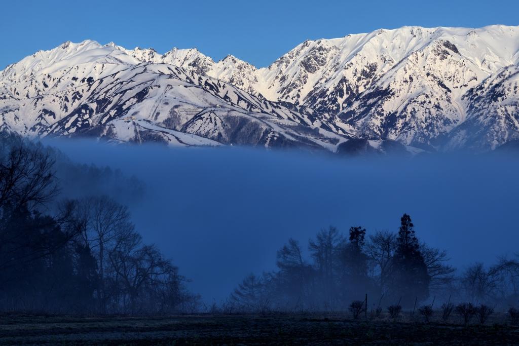 北安曇野 深山霧海