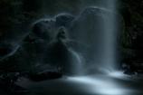 髑髏の滝行