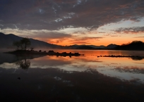 星明かり残る桧原湖(暗闇撮影テスト写真)