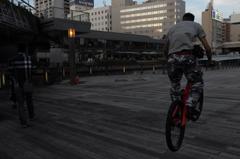 都会の寸景2 おっと、Bicycle