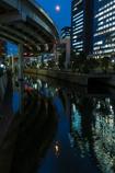 首都高と神田川