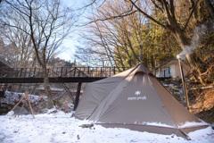 初雪と薪ストキャンプ