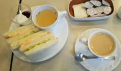 喫茶店ルノアールで待機