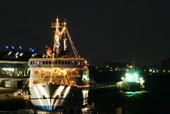 クルーズ船