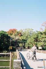 高知城①自転車夫人