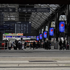 NIKON NIKON D200で撮影した建物(Zuerich Bahnhof)の写真(画像)