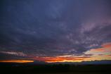 暗雲立ち込める空