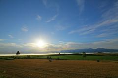 雲海迫る朝