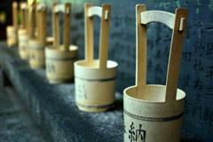 白雲神社の水桶3