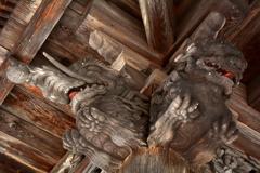 霊松寺山門の木鼻3