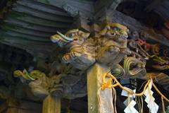 三社明神堂の木鼻
