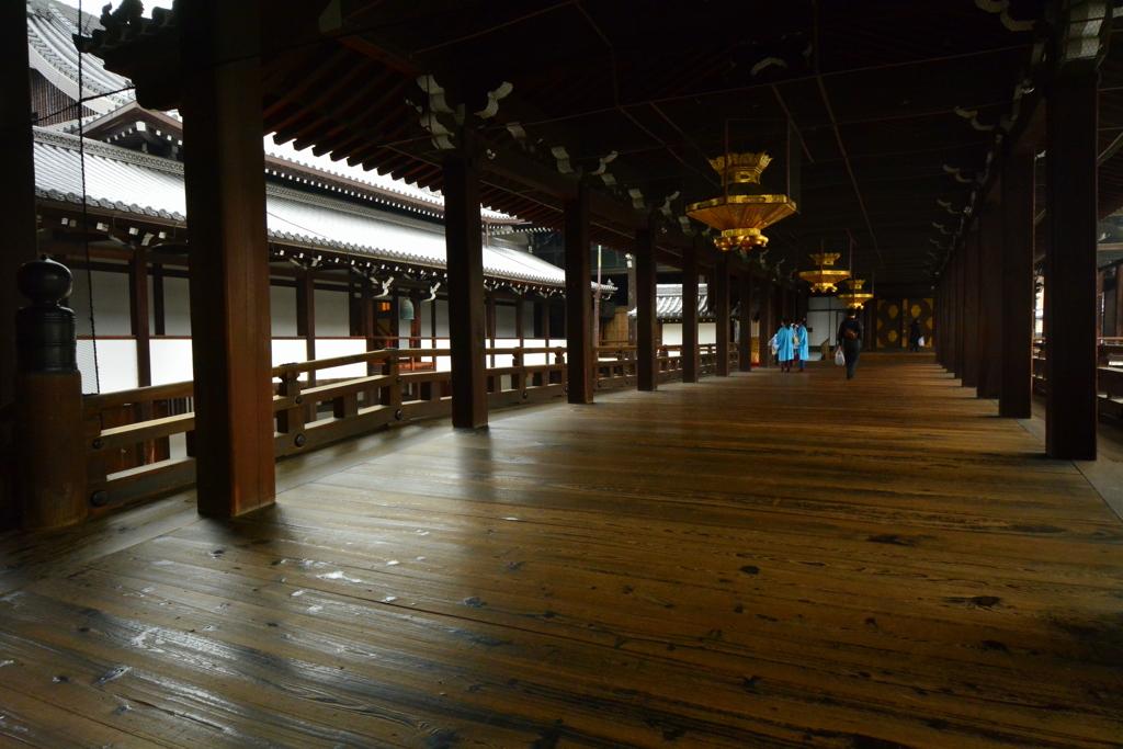 西本願寺・御影堂廊下1