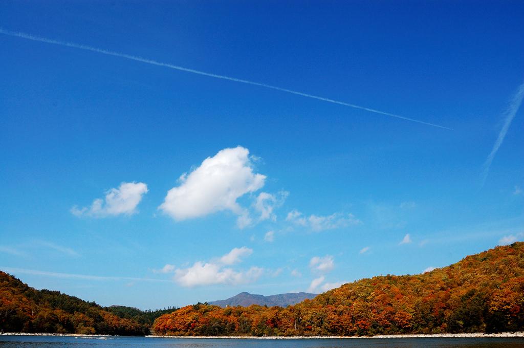 青空と琵琶池
