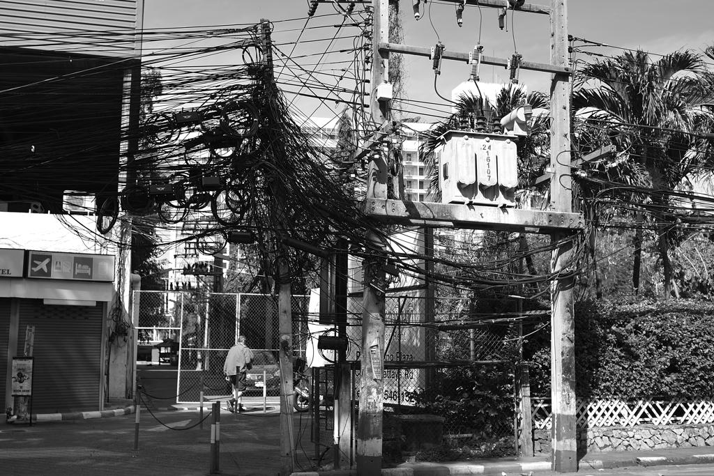 盗人【電力泥棒】