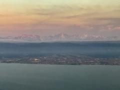 富山湾上空から見る立山連峰