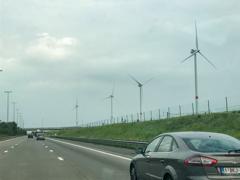 風力発電がどんどん建っているベルギー