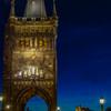 黄昏に浮かぶ旧市街の橋塔 Staroměstská mostecká věž