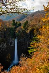 絶景 白水滝(しらみずのたき)