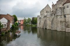 フランドル伯居城と運河