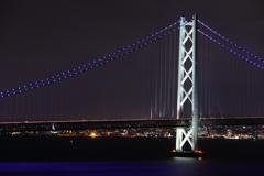 明石海峡大橋と明石の街の灯り