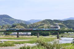 大洲鉄橋をゆく